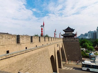 1-Day Xi'an Terracotta Warriors and City Wall Group Tour
