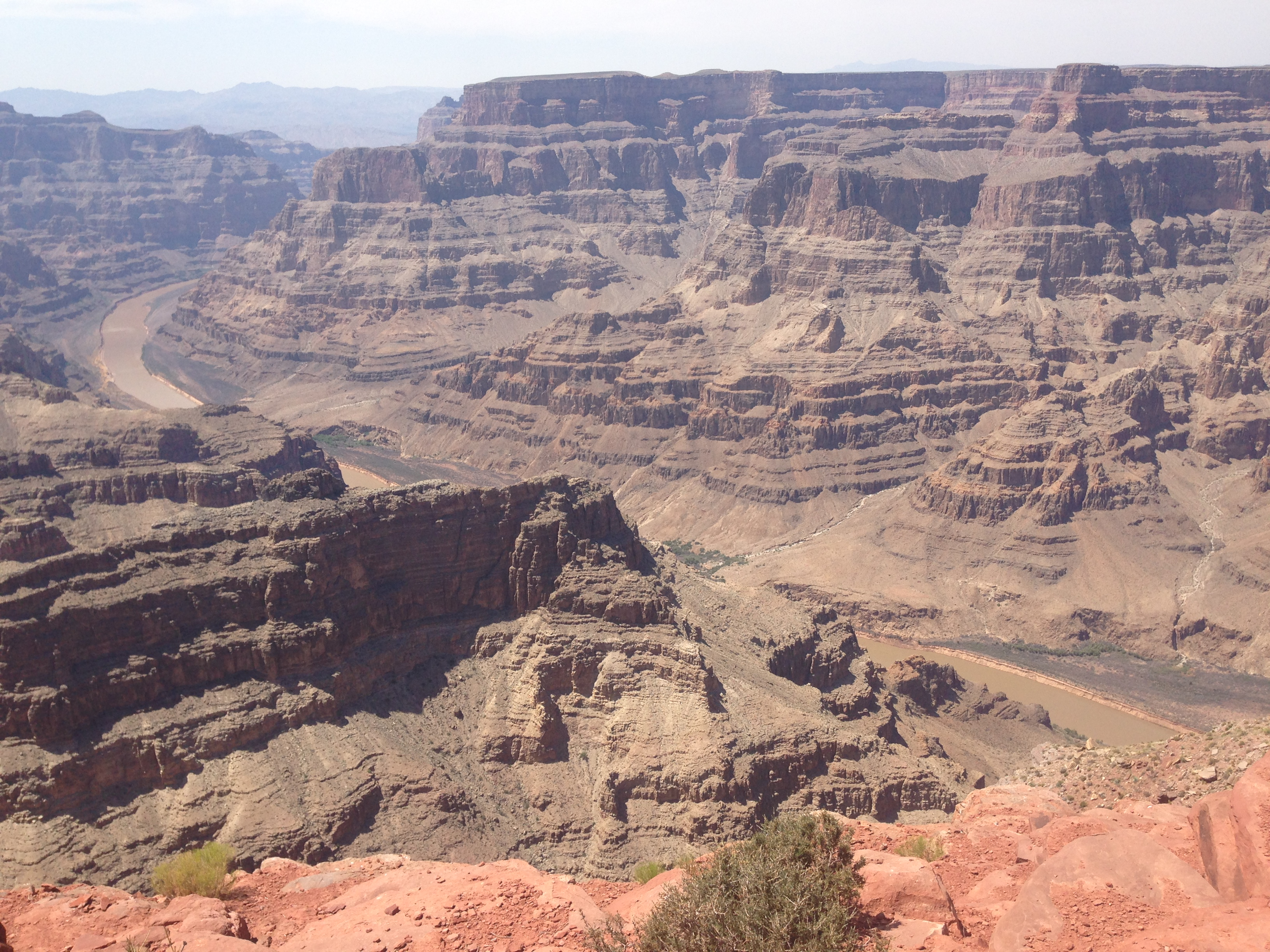 6 Day Grand Canyon West Rim Overnight Antelope Canyon Theme Parks Tour From Las Vegas