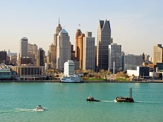 6-Day Detroit, Toronto, Montreal, Niagara Falls, Great Lakes from Chicago