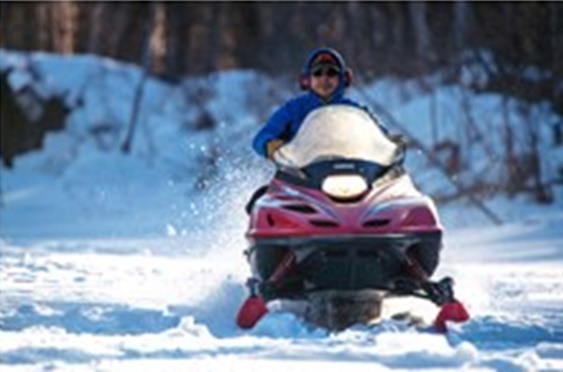 4-Day Aurora Winter Adventure Tour from Fairbanks with Airport Transfers