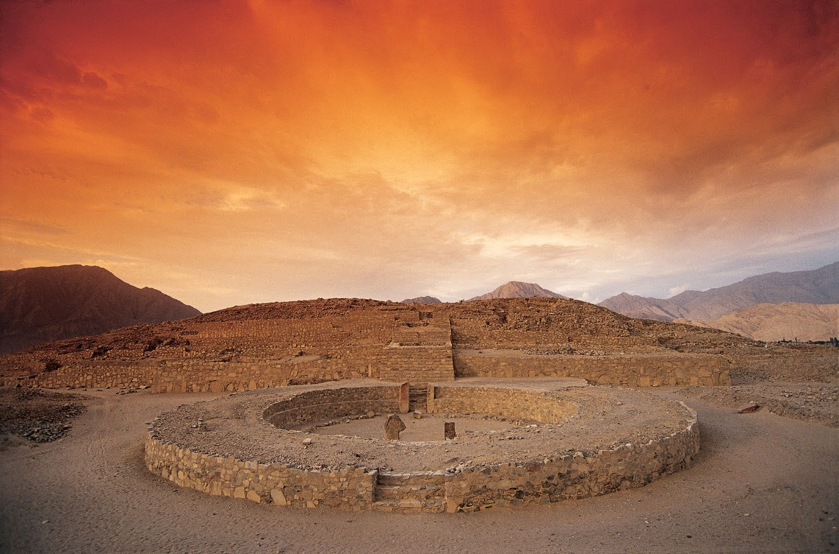 1-Day the Sacred Citadel of Caral Tour from Lima