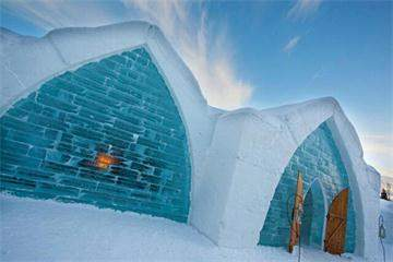 1-Day Ice Hotel, Quebec City and Montmorency Falls Tour